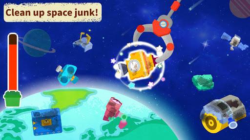 Little Panda's Space Adventure